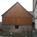 Fassede/Giebelverkleidung mit Boden-Deckelschalung Holzbau Feuerfeil